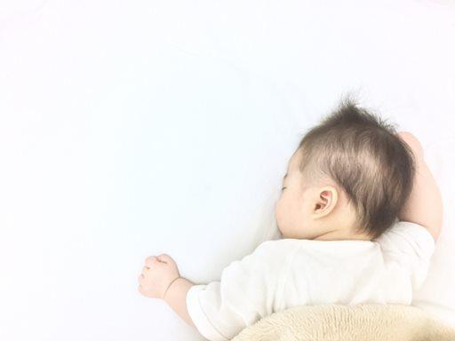 赤ちゃんが寝ないなら思い切って放置?!ベビーマッサージもオススメ